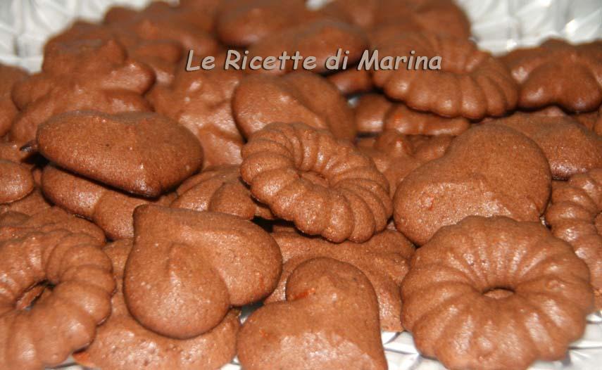 Biscotti al cioccolato all'olio, ricetta per sparabiscotti