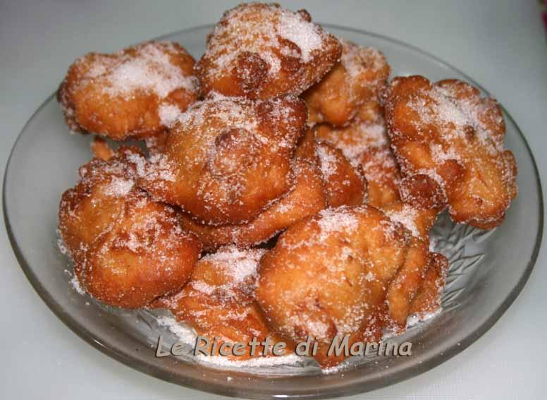 Frittelle di mele, ricetta di Carnevale