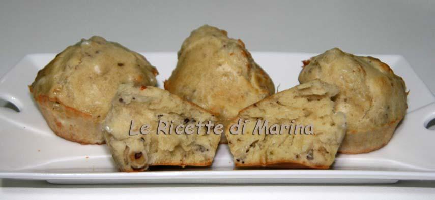 Muffin salati con gorgonzola e noci