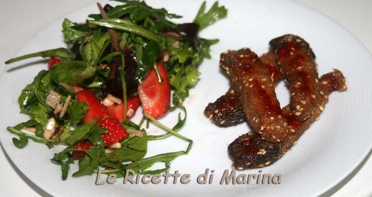 Bastoncini di tonno fritto con miele piccante