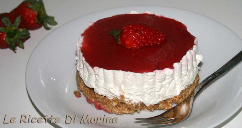 Mini cheesecake miele e fragole