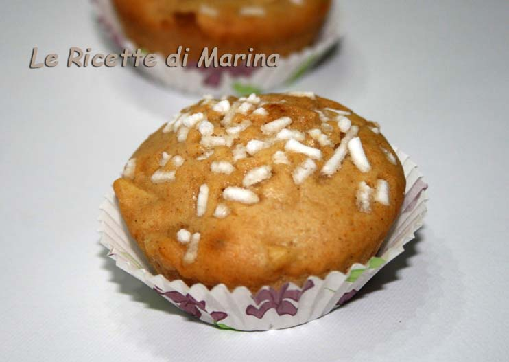 Muffin alle mele con miele e cannella