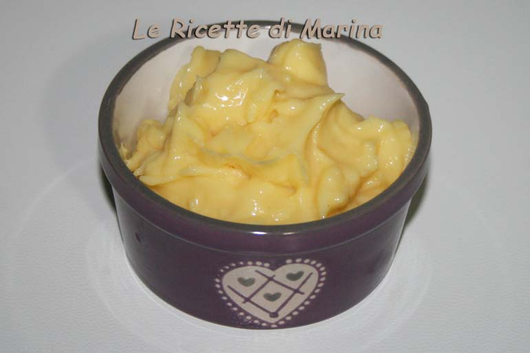 Crema a limone