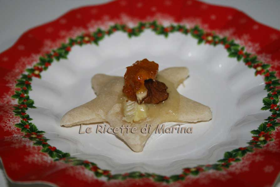 stelle con formaggio e marmellata