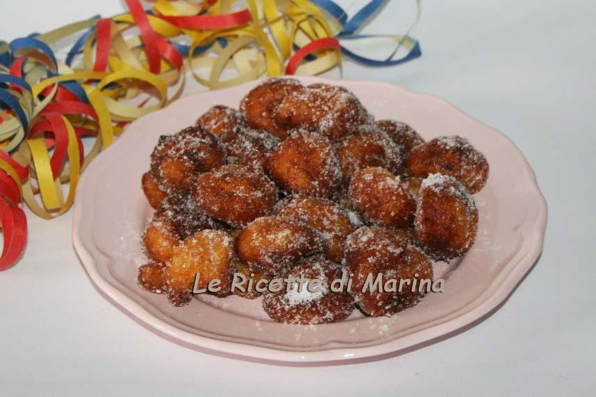 Frittelle di Carnevale con il semolino