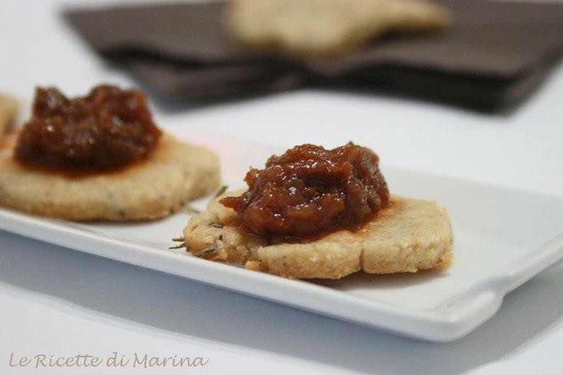 Biscotti salati formaggio e rosmarino