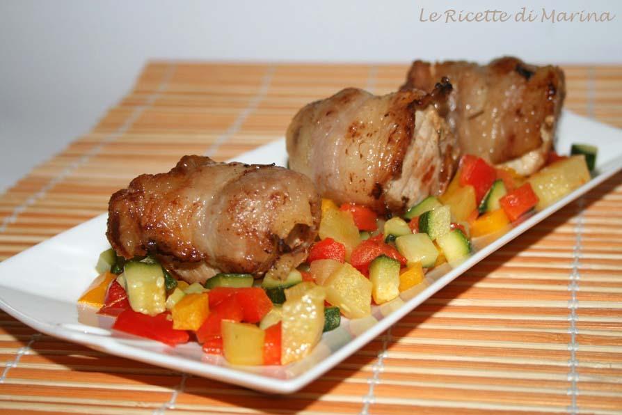 Bocconcini di maiale su dadolata di verdure
