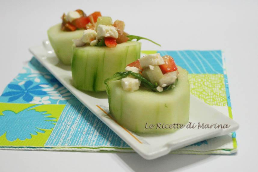 Canapè di cetrioli ripieni di verdure