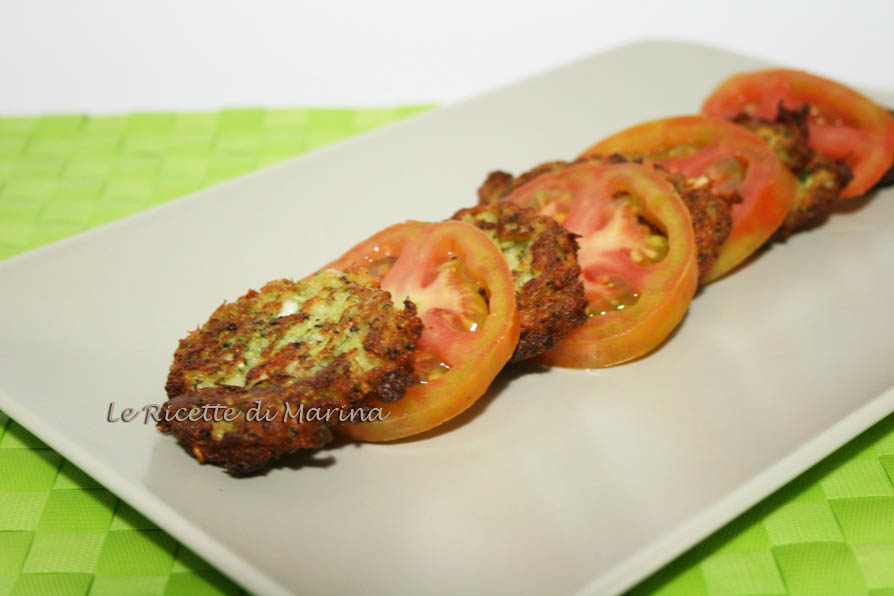 Frittelle di zucchina e feta