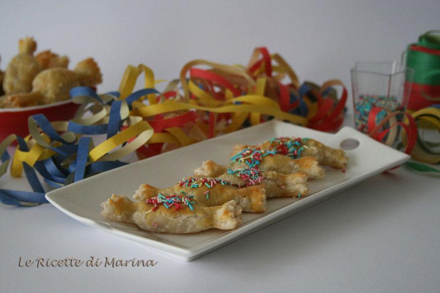 Caramelle di sfoglia con ricotta e cioccolato