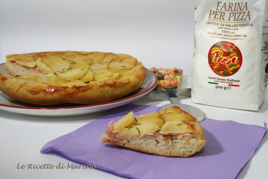 pizza capovolta con patate e prosciutto