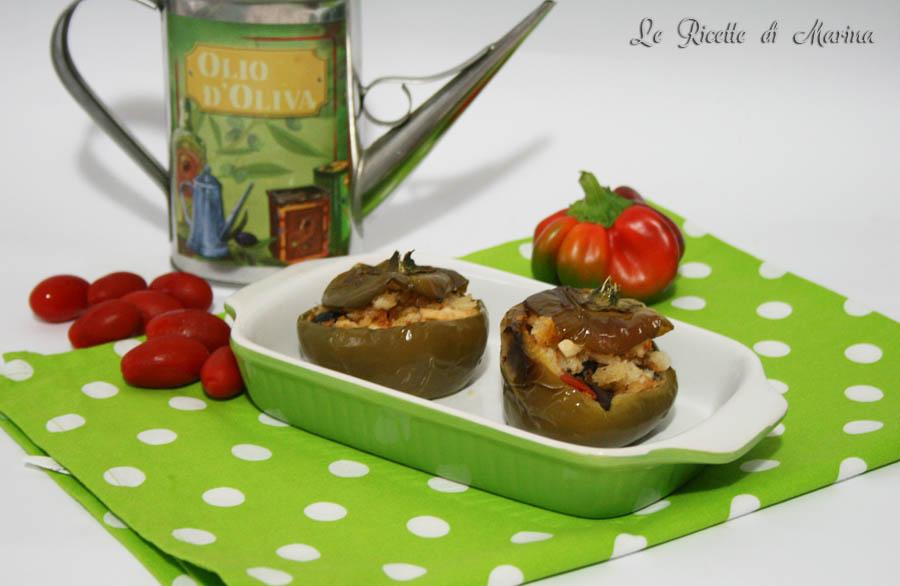 Papaccelle con olive capperi e pomodori