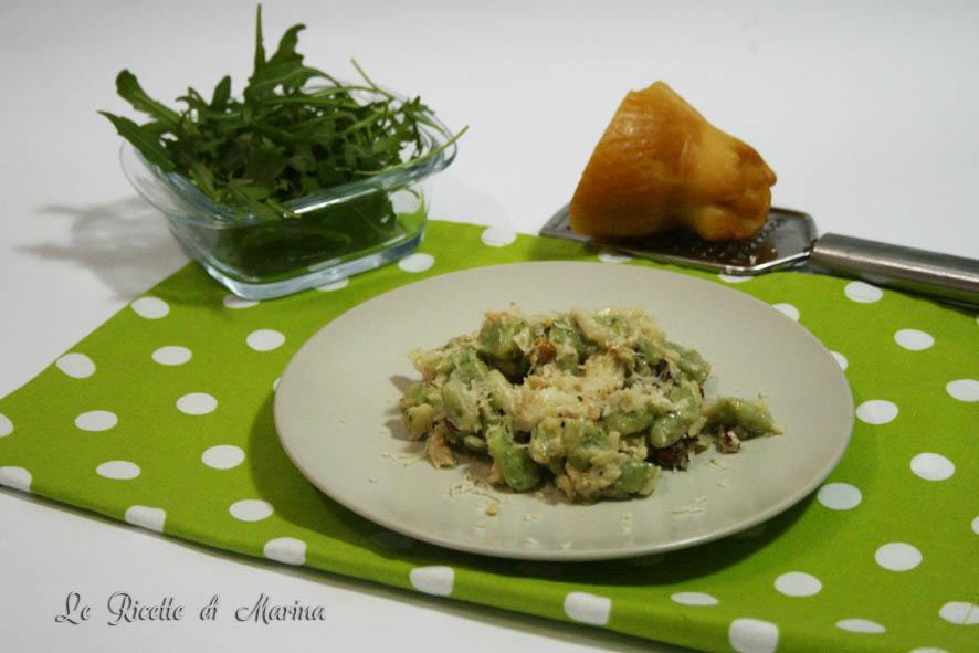 Gnocchi verdi con sugo di baccalà