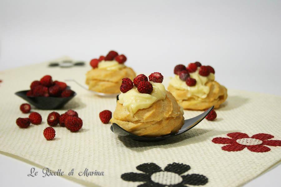 Bignè con crema a limone e fragoline