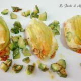 Fiori di zucca ripieni di baccalà mantecato con patate