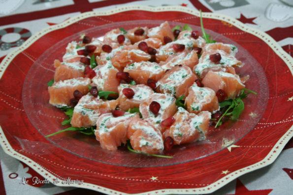Rotolini di salmone e formaggio