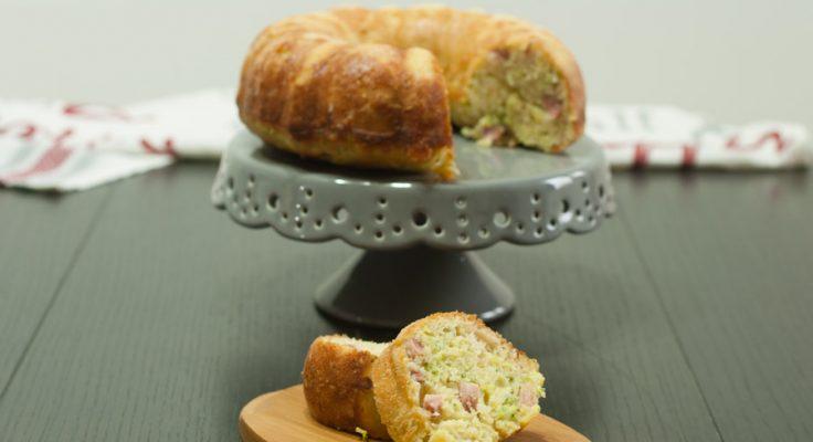 Cake salato zucchine e prosciutto