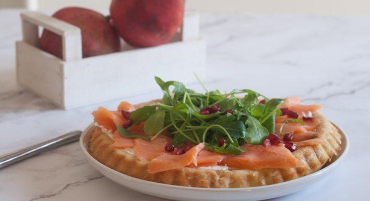 Crostata morbida con salmone e formaggio