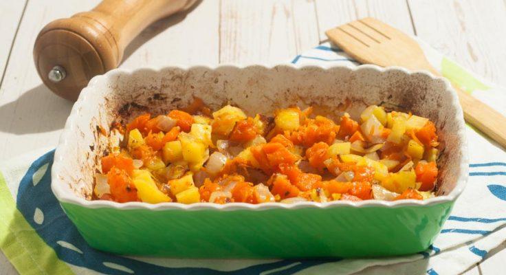 Zucca patate e cipolle al forno