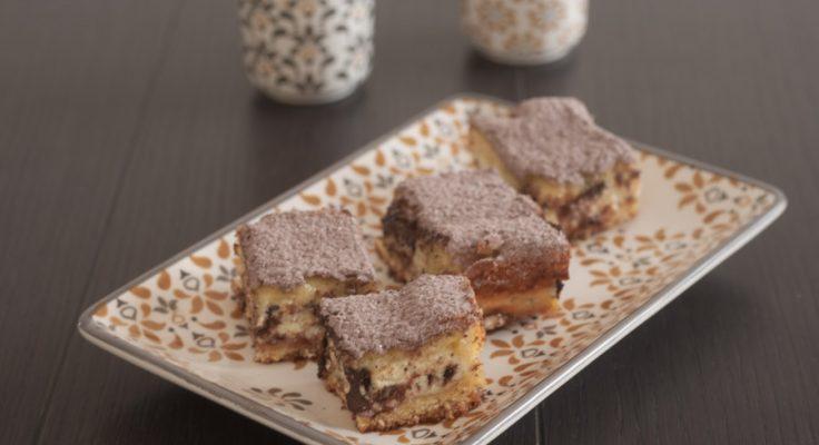 Torta versata con ricotta e cioccolato