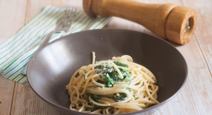 Spaghetti agretti, limone e pecorino